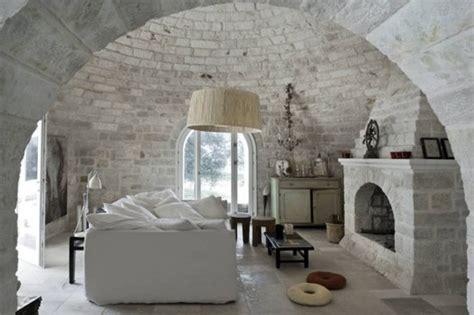 egg themed interiors in renaissance house of white salon w stylu eklektycznym zdjęcia e mieszkanie