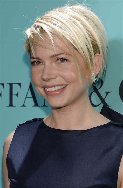 short haircuts edgy razor cut more pics of michelle williams layered razor cut 4 of 18