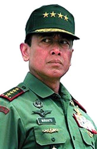 Sepatu Pdh Ceko info militer kesaksian wiranto soal aksi prabowo pada 1998