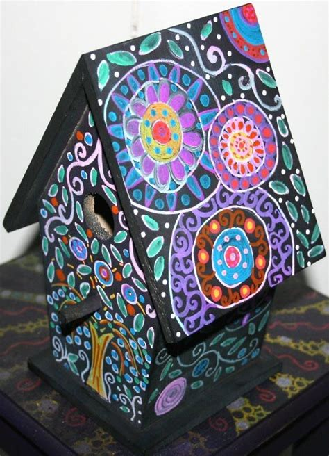 painted bird houses designs 25 best ideas about painted birdhouses on pinterest bird houses painted birdhouse