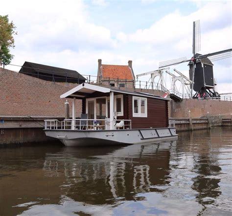 lisa b good shantyboat boats and waterways pinterest tiny house shanty boat www blokhutboot nl blokhutboot