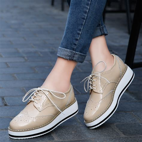 Brogue Pointed Oxfords platform oxfords brogue patent leather flats lace up