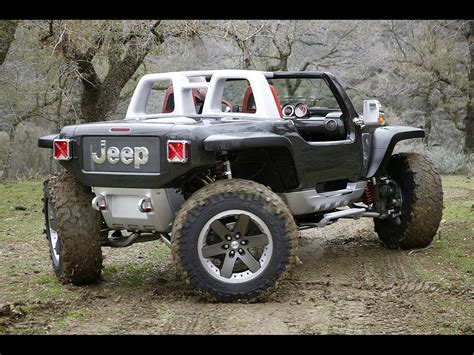 honda jeep 2005 2005 jeep hurricane concept rear spinning 1024x768