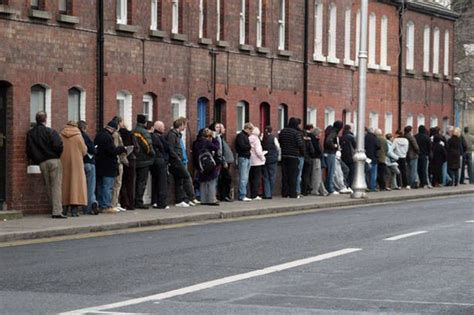 Welfare Office by Britain S Jobless Total Soars By Around 80 000 To 2