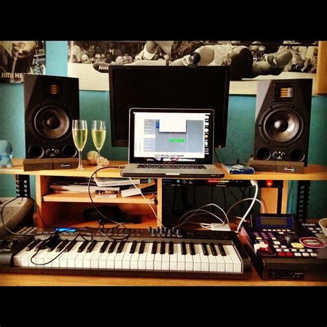 how to turn your bedroom into a recording studio can i turn my garage into a recording studio