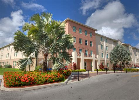barry university housing kolasa hall living on cus housing and residence life barry university miami