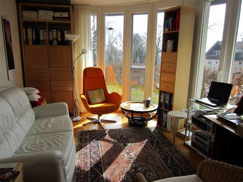 arbeitszimmer gästezimmer kombinieren kochinsel mit integriertem esstisch
