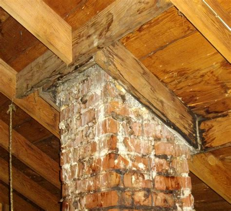 Chimney Leaking Water Into Fireplace by Chimney Problems Seattle S Ashi Home Inspection Team