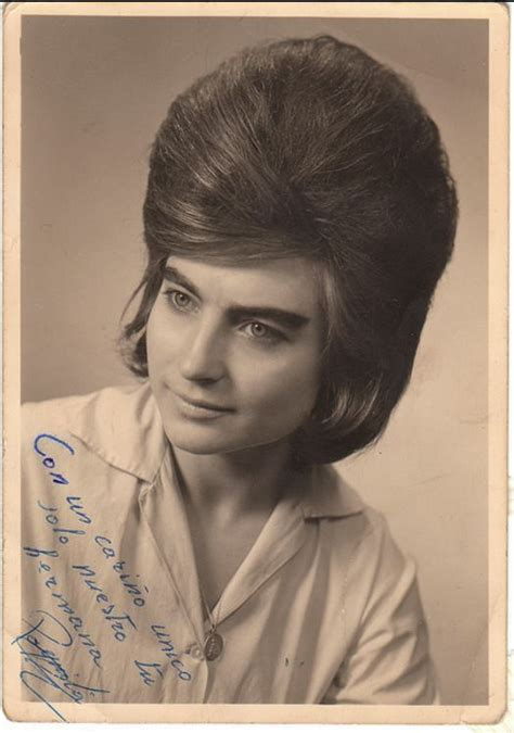 womens pubic hair 1960s women with very big hair in the 1960s flashbak
