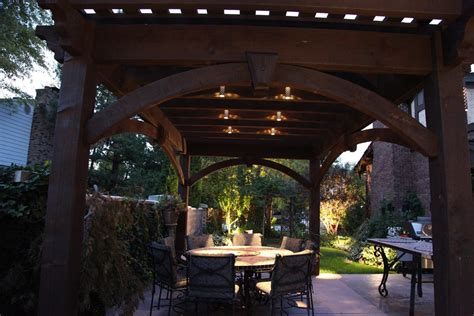 Outdoor Pergola Lights 25 Easy To Do Outdoor Dining Rooms Western Timber Frame