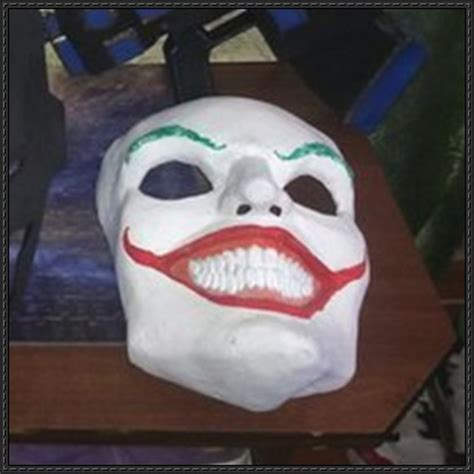 Papercraft Batman Mask - batman size the joker s mask papercraft free