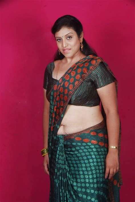 girl navel in low waist saree indian mallu iirls stripping