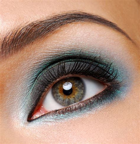 smokey eye makeup for blue care