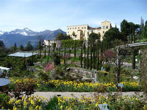 Bild Quot Botanischer Garten Und Schloss Trautmannsdorf Quot Zu