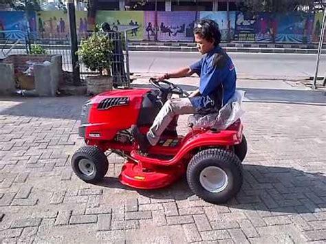 Mesin Potong Rumput Mobil Rover mesin potong rumput pakai remot doovi