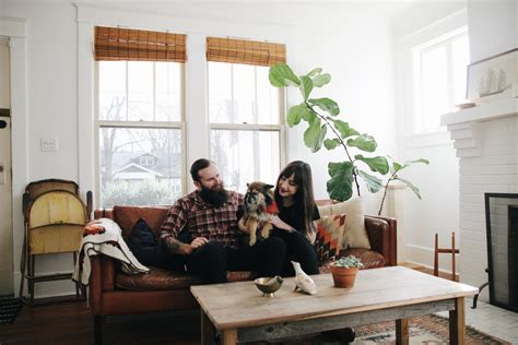 airbnb nashville inside the nashville home of an airbnb instagram star the everygirl