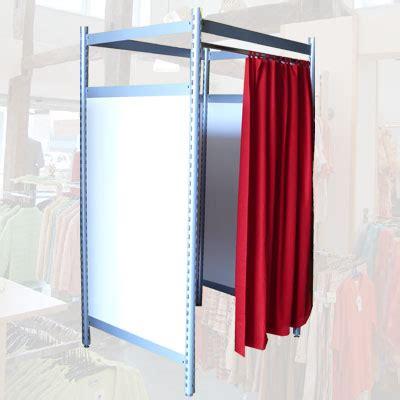 umkleidekabine vorhang umkleidekabine mit rotem vorhang und geschlossenen