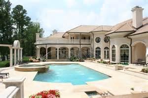 pool loggia patio