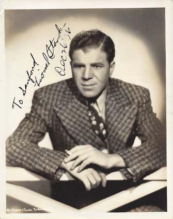 Corner by Golden Age Autographs Lionel Stander 2