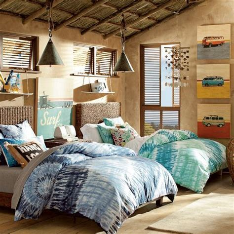 teen beach bedroom retro hawaii 50 s surf shop tiki hawaiian prints hula