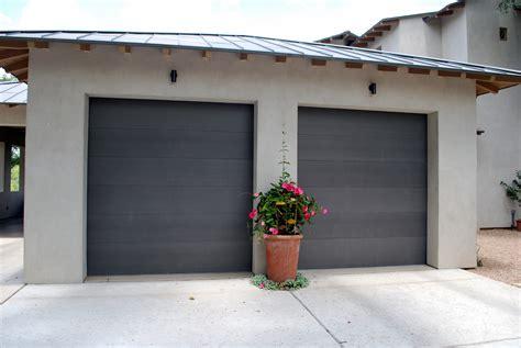 paint metal garage door painting metal garage door mafiamedia