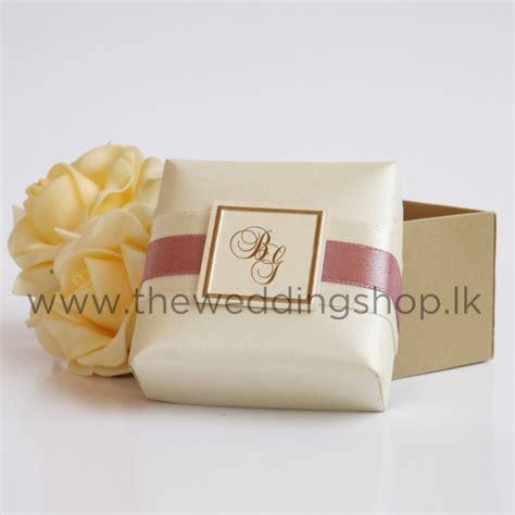 wedding cake boxes pictures ivory monogrammed wedding cake box