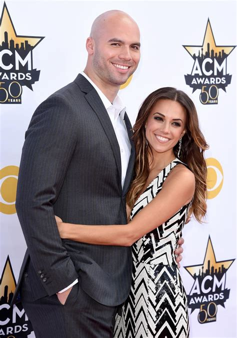 approximate playing time of full version of jana gana mana one tree hill alum jana kramer gets married for the