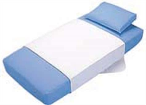 bed wetting pads super absorbent machine washable bed wetting mattress