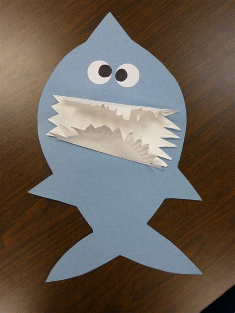 shark crafts for hungry shark craft use a paper plate for teeth