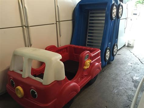 little tikes fire truck bed fire truck toddler bed 79precio firme also blue race car