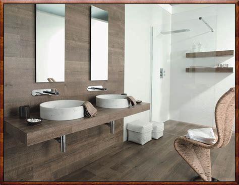 badezimmer holzoptik badezimmer fliesen holzoptik rustikal grafffit