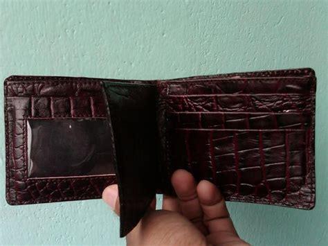 Dompet Pria Kulit Buaya Asli Kode 002 Coklat gambar dompet kulit spot n travel tips cara memilih dan