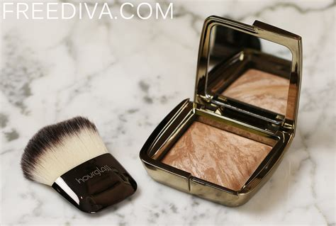 hourglass bronzer luminous bronze light hourglass ambient lighting bronzer in luminous bronze