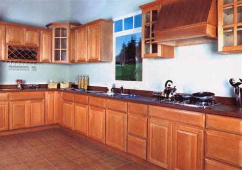 honey kitchen cabinets kitchen with maple cabinets natural maple kitchen