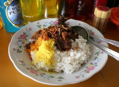 resep membuat nasi kuning jawa timur resep dan cara membuat nasi krawu gurih dan lezat khas