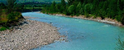 letti di fiumi fiume secchia il letto va gi 249 di 15 metri ed emerge un