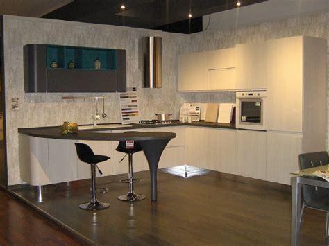 cassanelli mobili penisola per cucina piccola