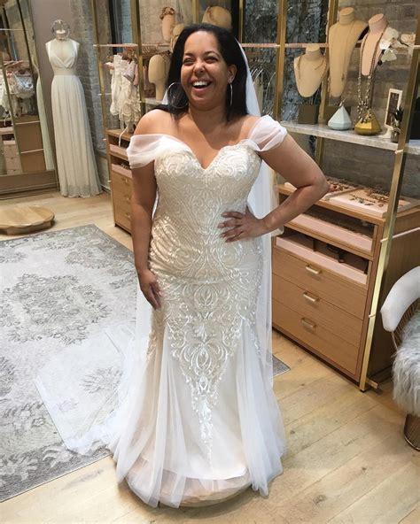 brides    shopping