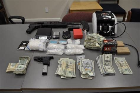 Montgomery County Conroe Tx Warrant Search Two Arrested In Conroe For Trafficking Of Methhetamines