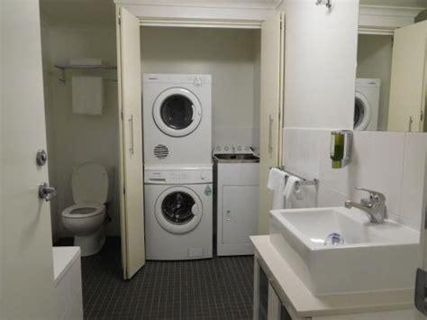 Mesin Cuci Samsung Pengering kamar mandi luar dan mesin cuci pengering picture of