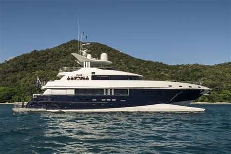 charter superyacht spirit in the solomon islands and papua - Catamaran Yacht Spirit