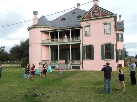 little pink houses little pink houses picture of southdown plantation museum houma tripadvisor