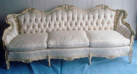 italian provincial sofa 1000 images about cilali koltuk kanepe berjer on