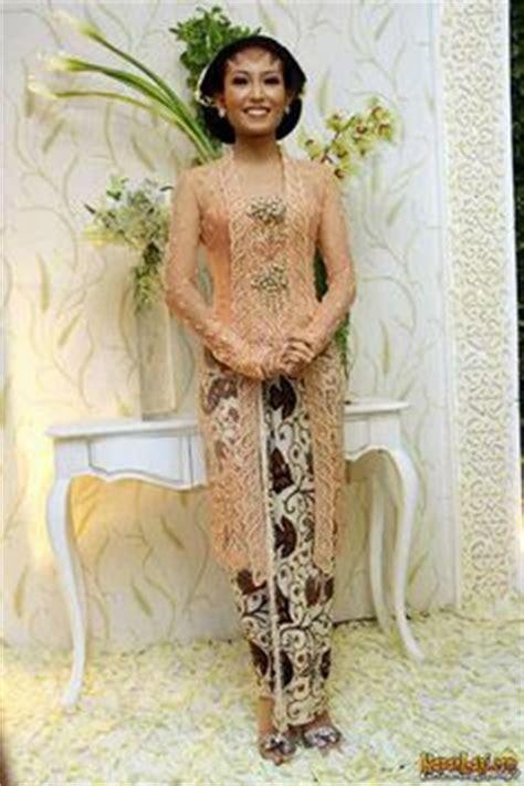 Miami 63 Set Kebaya By 1000 images about batik kebaya on kebaya yogyakarta and indonesia