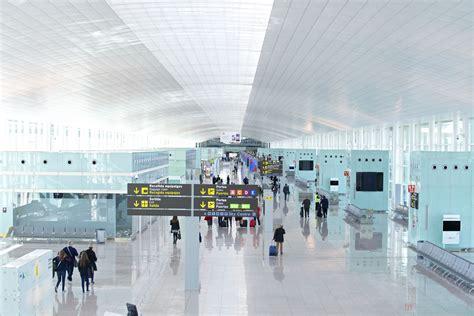 barcelona el prat metro in barcelona airport барселона путеводитель