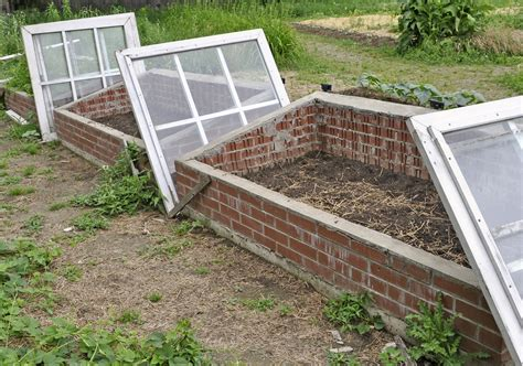 Making a Cold Frame   Harvest to Table