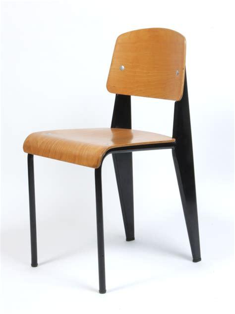 Chaise Standard Jean Prouvé 4636 by Galerie Alexandre Guillemain Artefact Design Jean