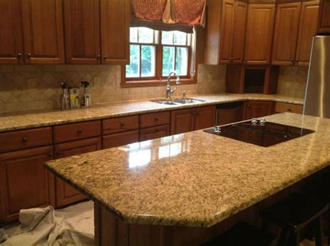 Granite Vs Quartz Countertop by Quartz Countertops Vs Granite Granite Vs Quartz
