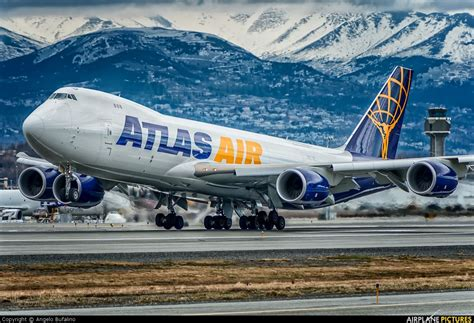 atlas air b747 8f n854gt at anchorage photo by angelo bufalino aircraft freighters