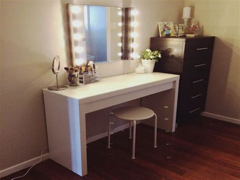 Bedroom Vanity Set With Lights Vanity Set With Lights Makeup Vanity Mirror With Lights Ikea Lighted Makeup Vanity Mirror